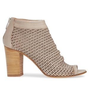 Ron White Shyla Perforated Peep Toe Bootie 39